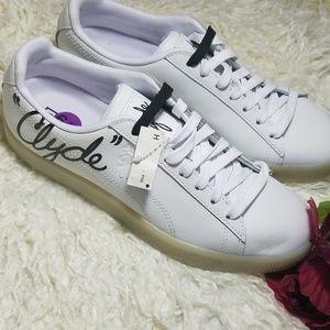 Puma Clyde gym shoes size 6.5